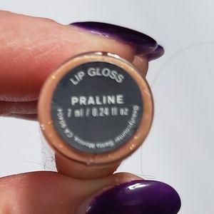 beautycounter Makeup - Beautycounter lip gloss